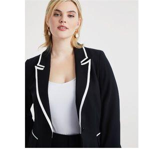 Eloquii Tailored Blazer With Contrast Trim💣💣